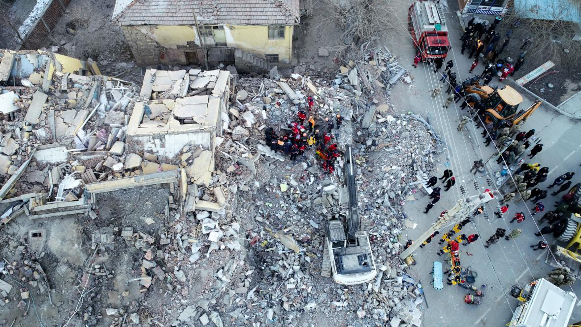Letecké snímky z místa neštěstí
