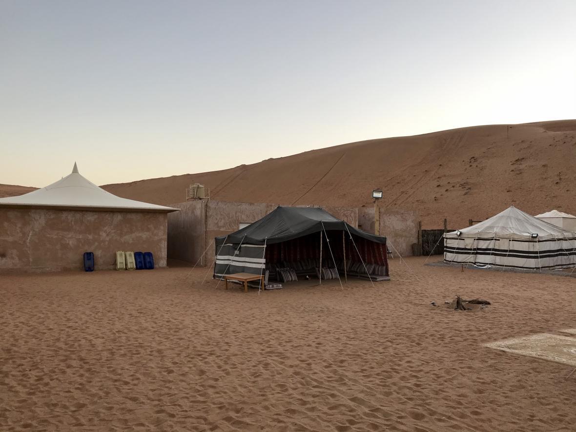 Kempování v poušti