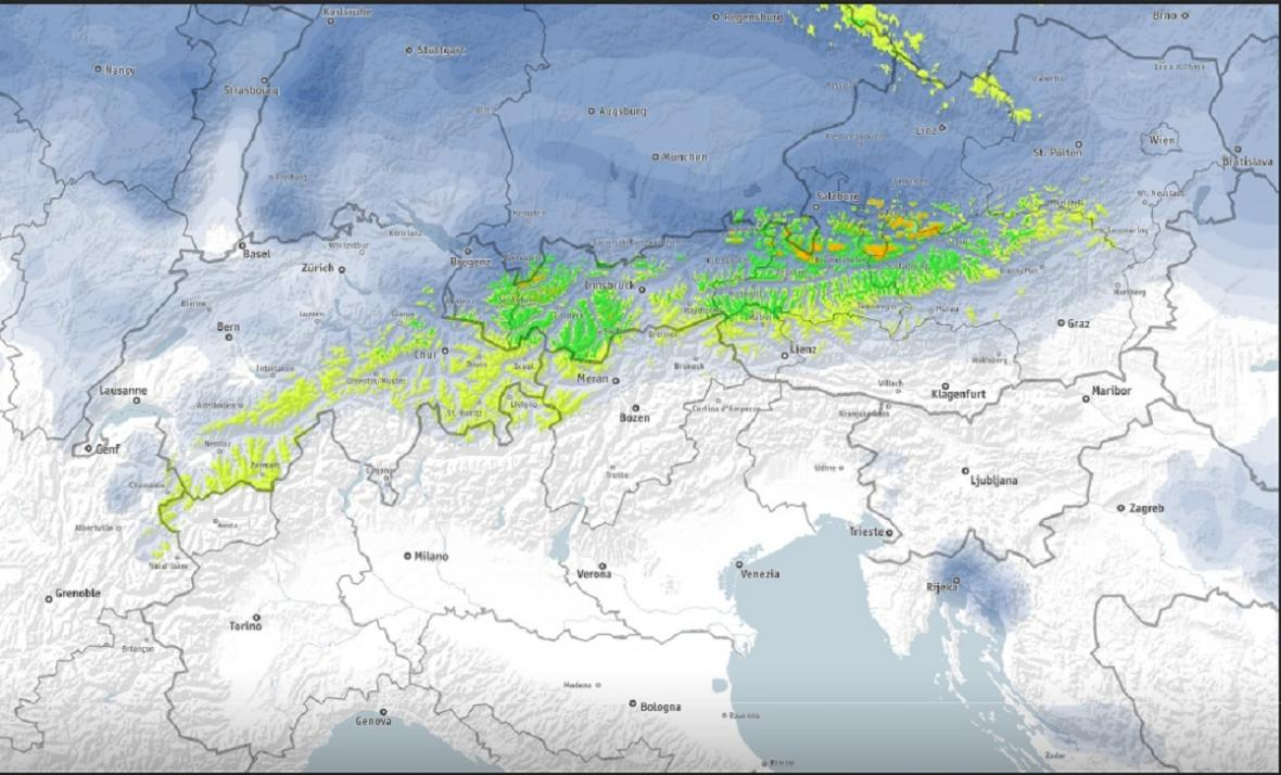 Kolik sněhu připadne v Alpách do úterního rána