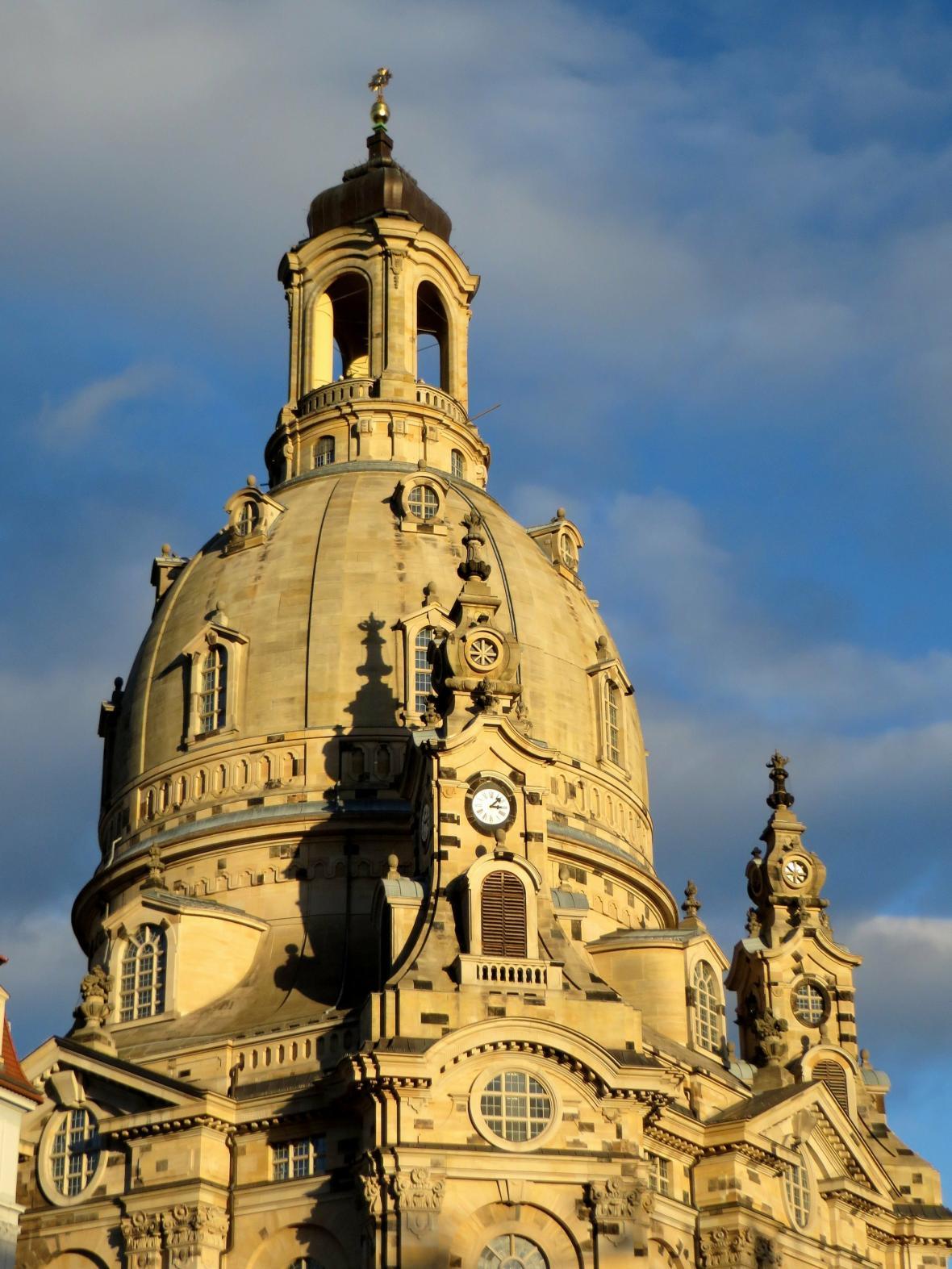 Kupole drážďanského Frauenkirche po jeho obnově