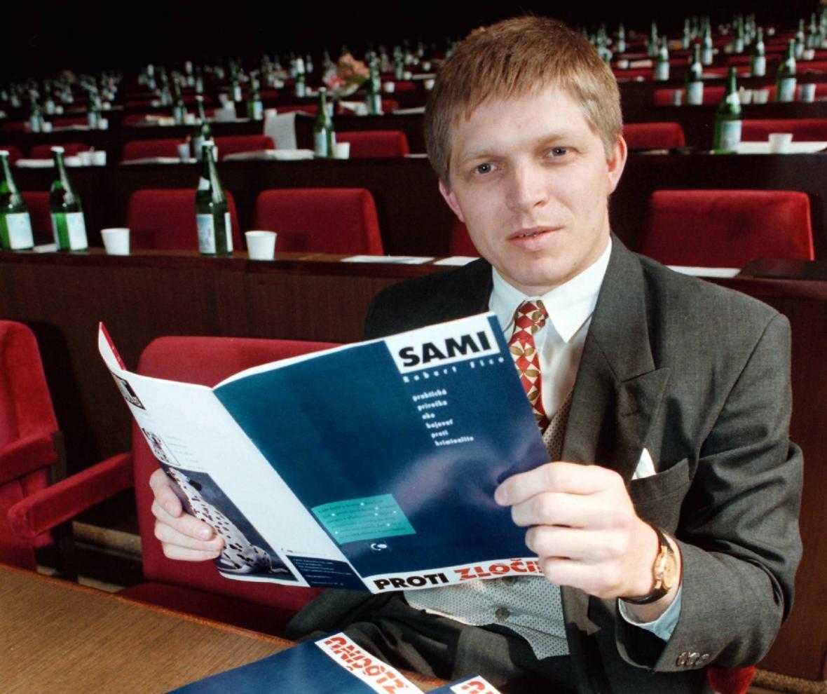 V roce 1996 byl Robert Fico poslancem Slovenské demokratické levice