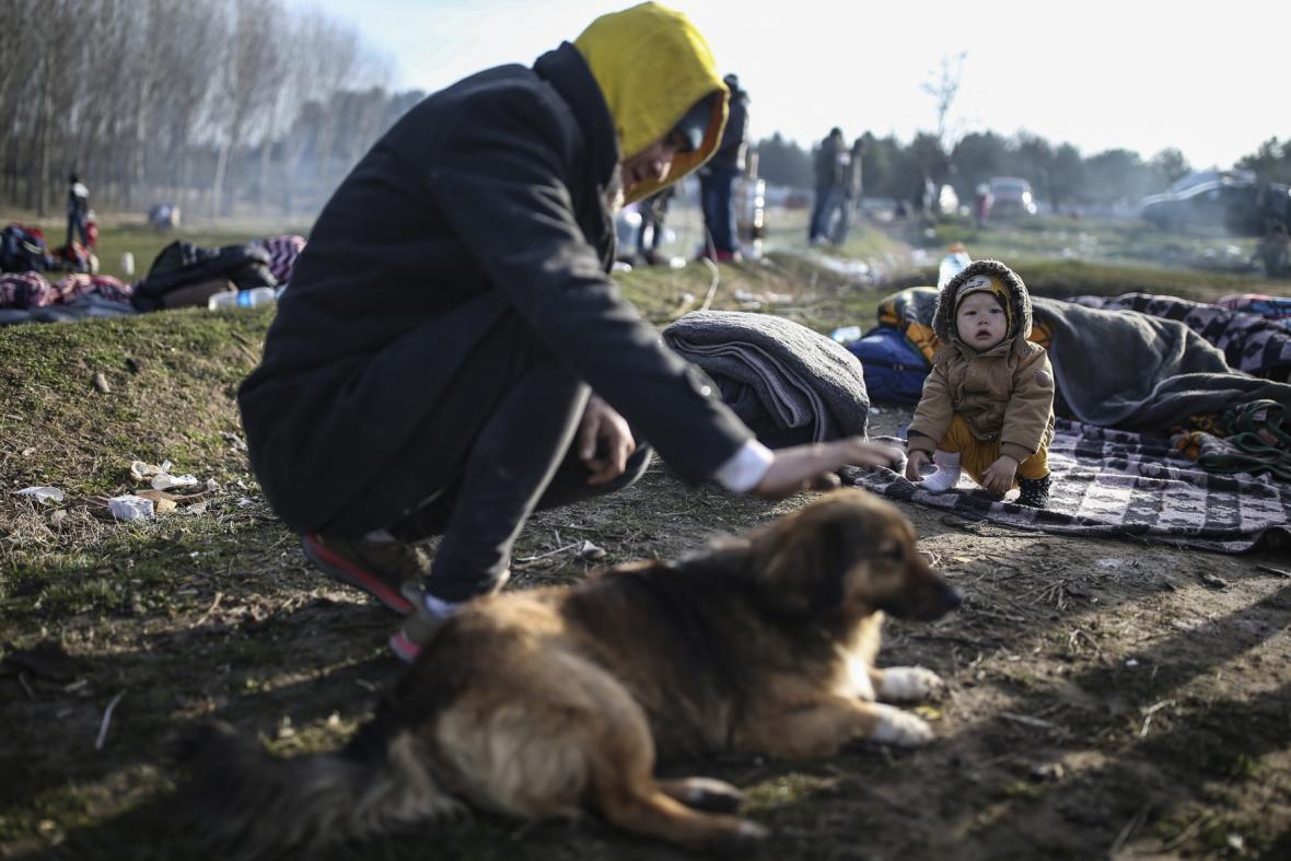 Uprchlíci na cestě přes řecko-tureckou hranici