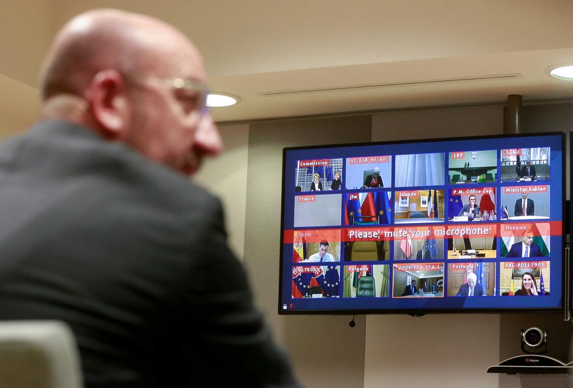 Charles Michel během videokonference s lídry zemí EU