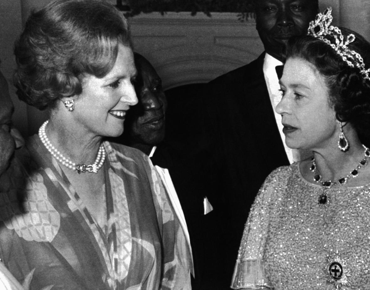 Margareth Thatcherová a královna Alžběta II. během setkání představitelů Commonwealthu v roce 1979