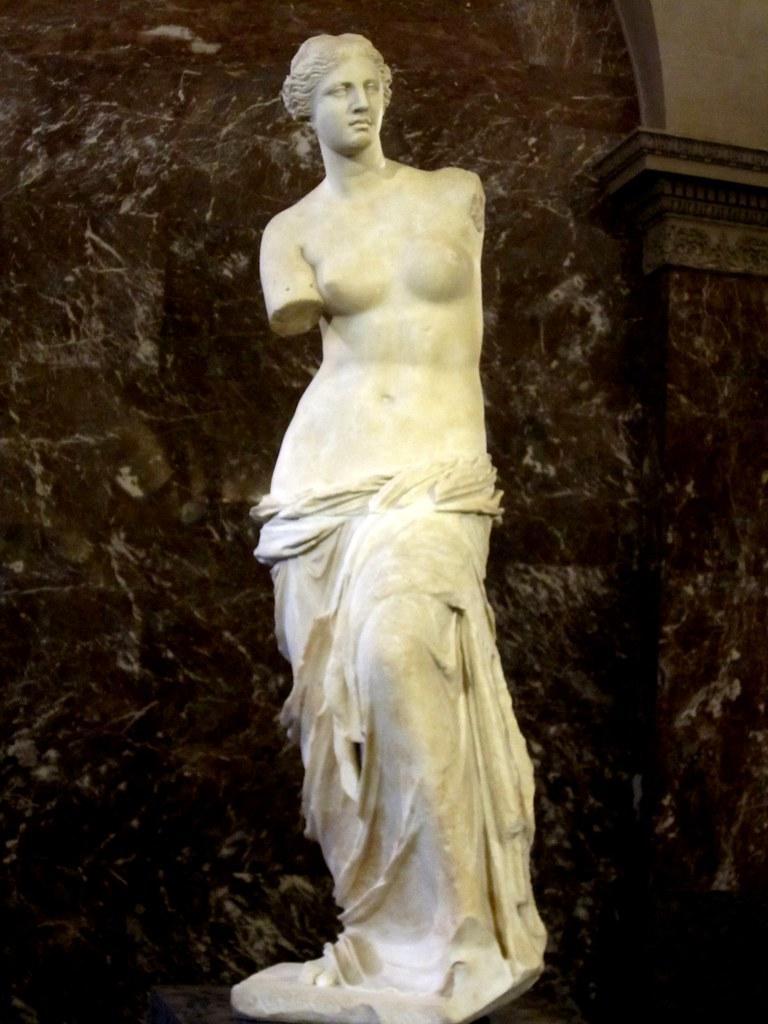 Venuše Mélská ve sbírkách pařížského muzea Louvre