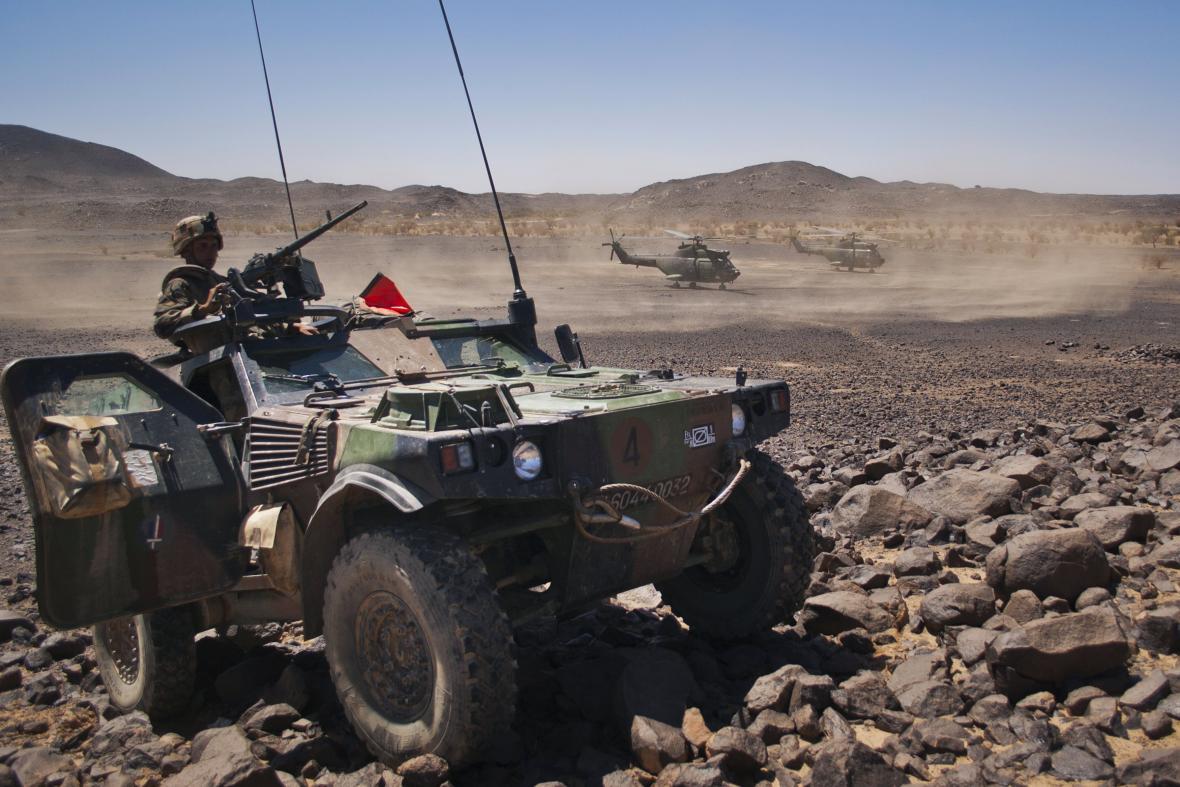 Francouzi zasahují proti islamistům v Mali od roku 2013