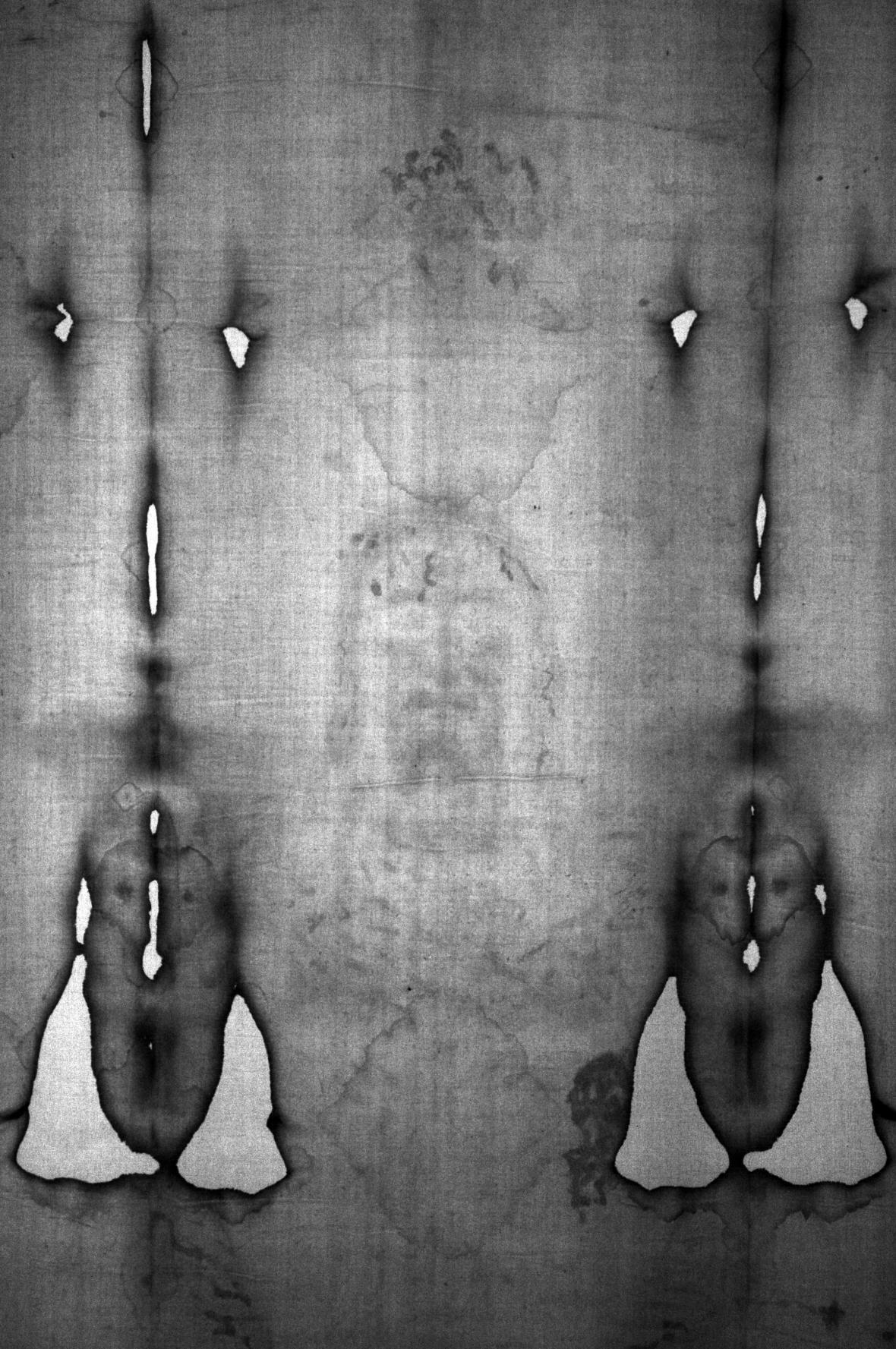 Turínské plátno s údajným otiskem Kristovy tváře