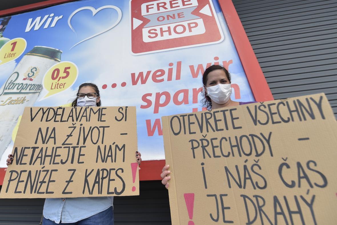 Pendleři na Folmavě protestují proti povinnému testování