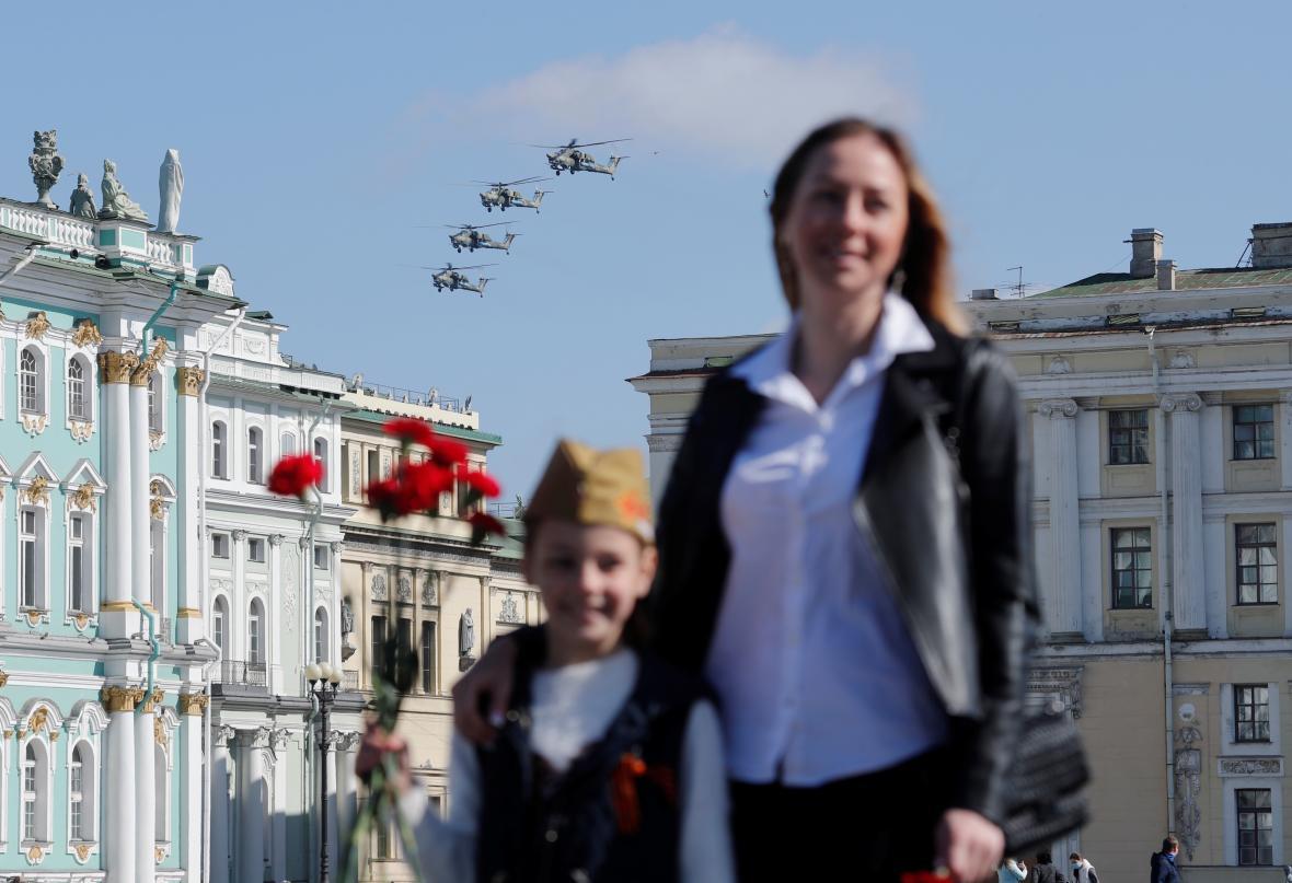 Nad Moskvou létaly i vrtulníky