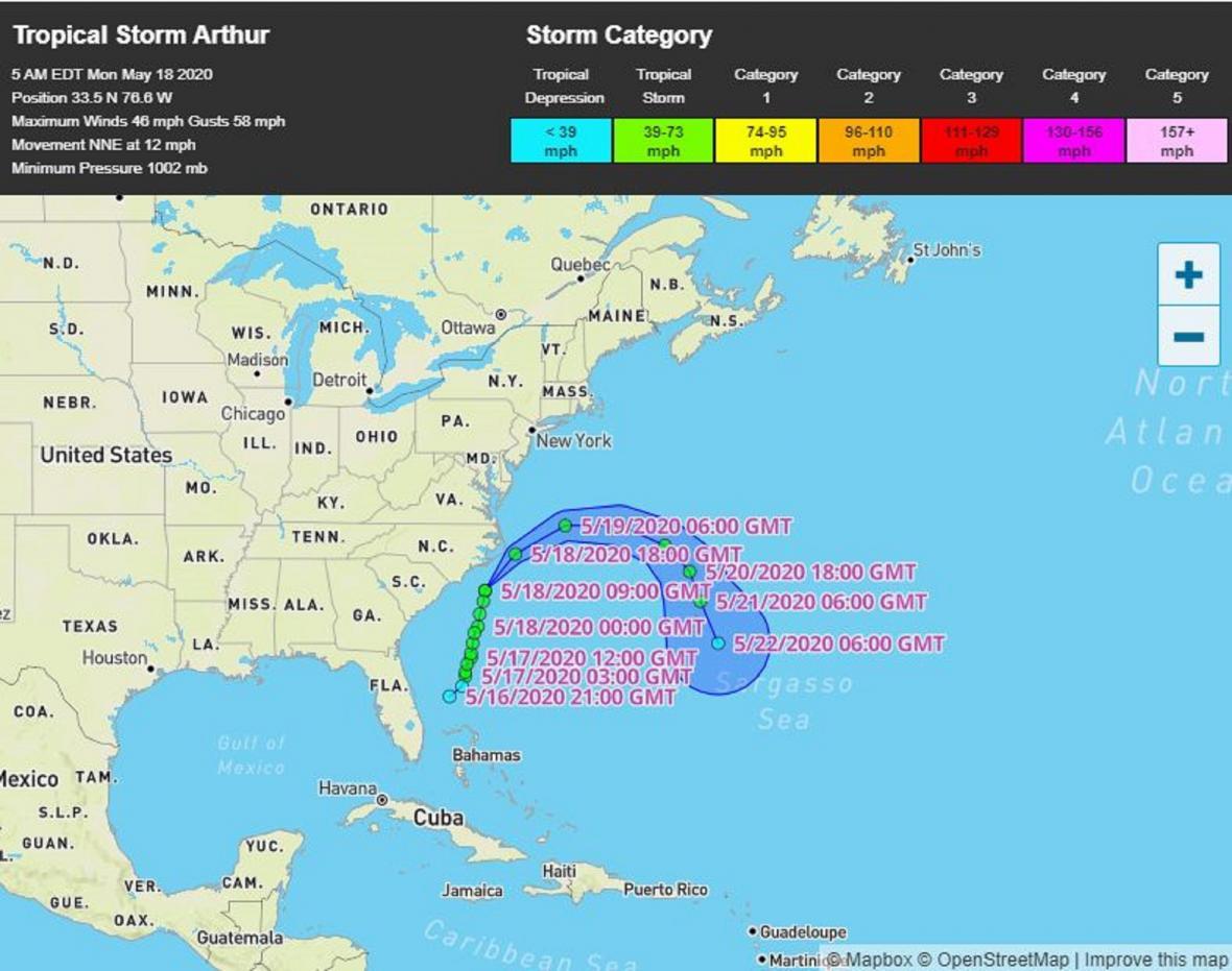 Tropická bouře Arthur pobřeží USA neohrozí