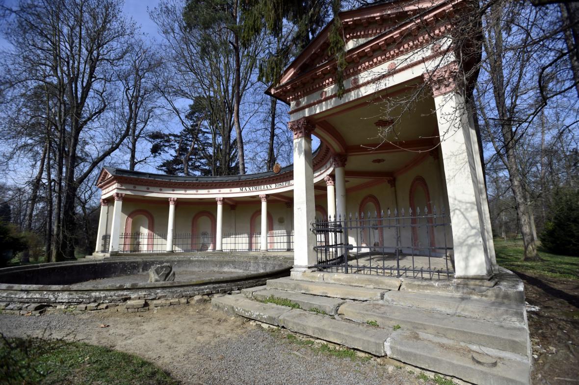 Na řadu přijde i oprava Pompejské kolonády