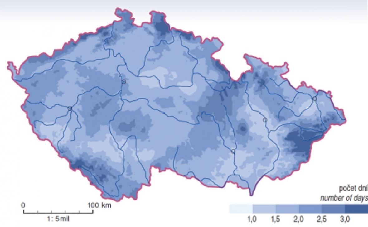 Průměrný roční počet dní s kroupami v Česku