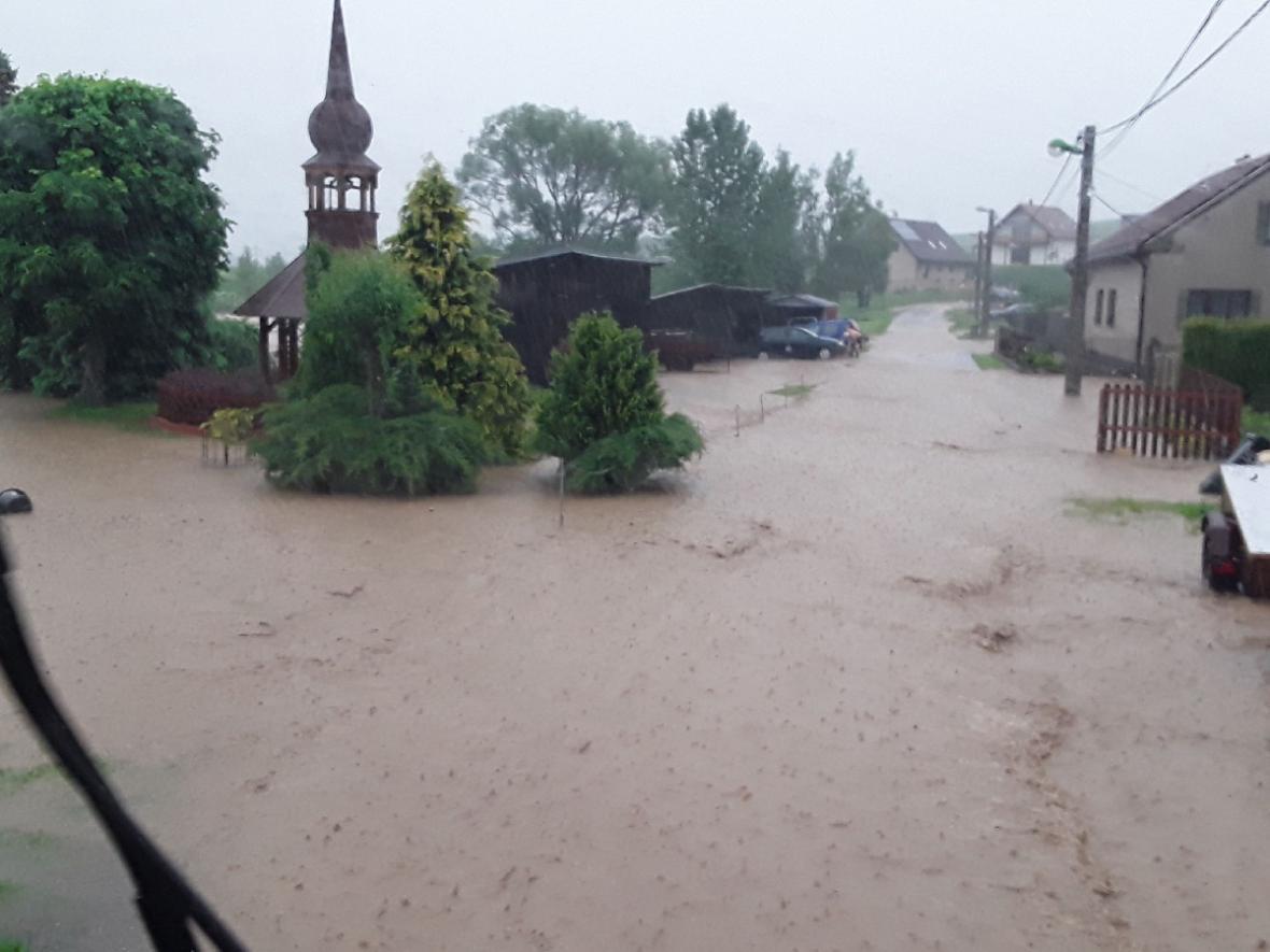 Zaplavená obec Počítky na Žďársku
