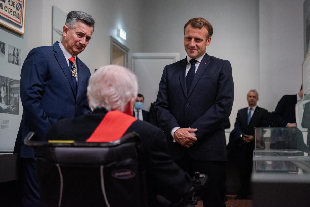 Francouzský prezident na návštěvě v Invalidovně