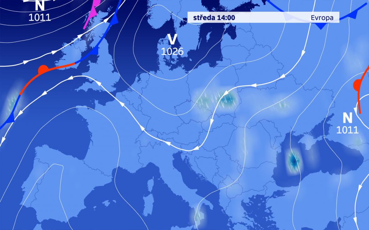 Na přízemní povětrnostní mapě knám zasahuje tlaková výše od severu, výšková tlaková níže je patrná pouze zvýskytu oblačnosti a srážek