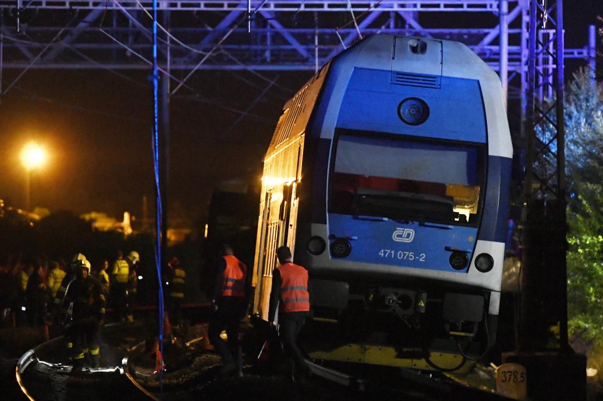 Havarovaný vlak u Českého Brodu