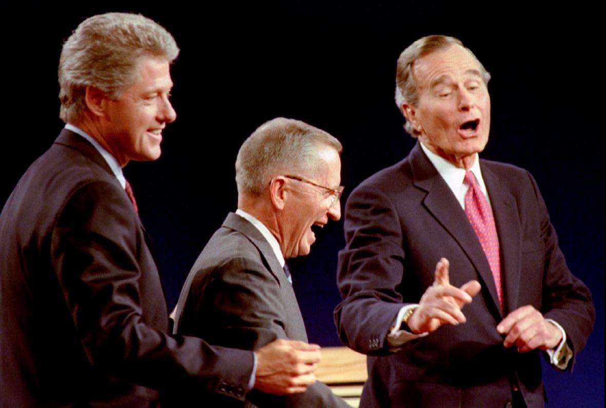 Prezidentská debata mezi Clintonem, Perotem a Bushem starším