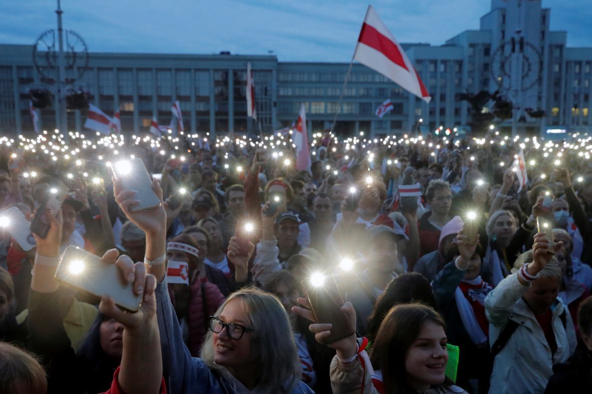 Protirežimní demonstrace v Minsku