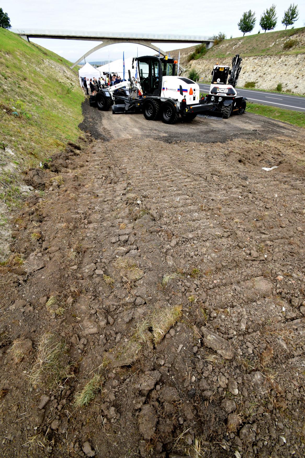 Zahájení stavby dálnice D7 u Loun