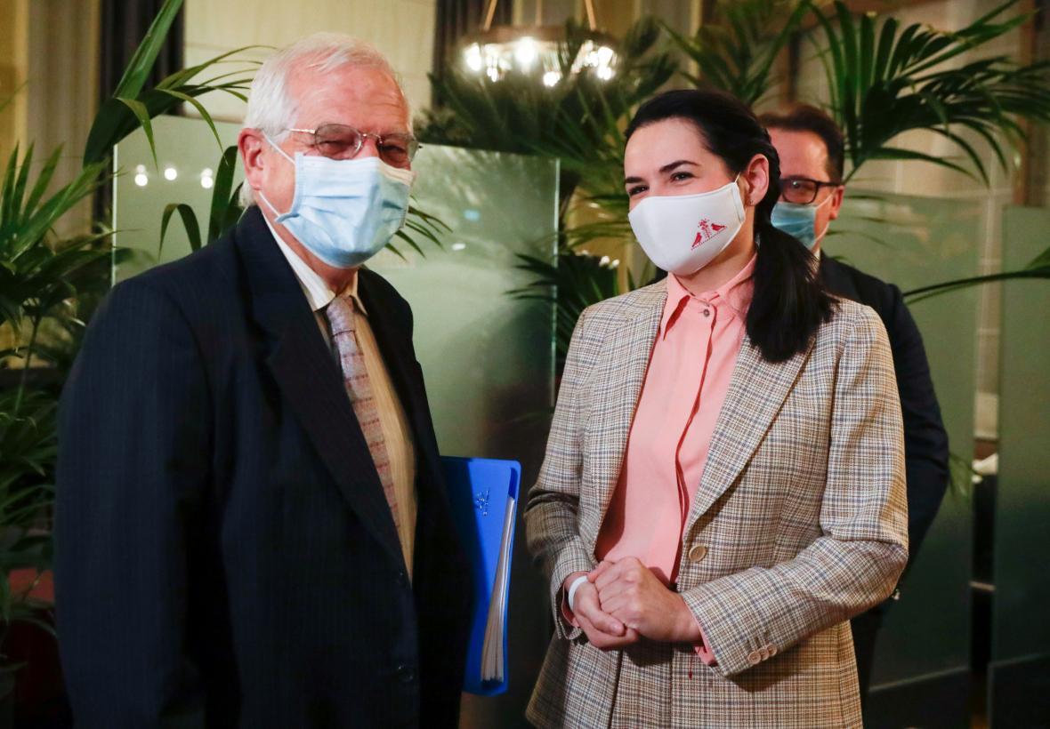 Josep Borrell a Svjatlana Cichanouská v Bruselu