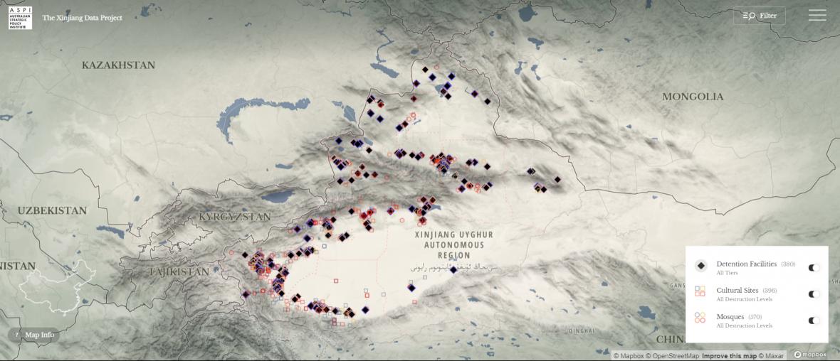 Mapa detenčních center, ničených kulturních památek a mešit podle ASPI