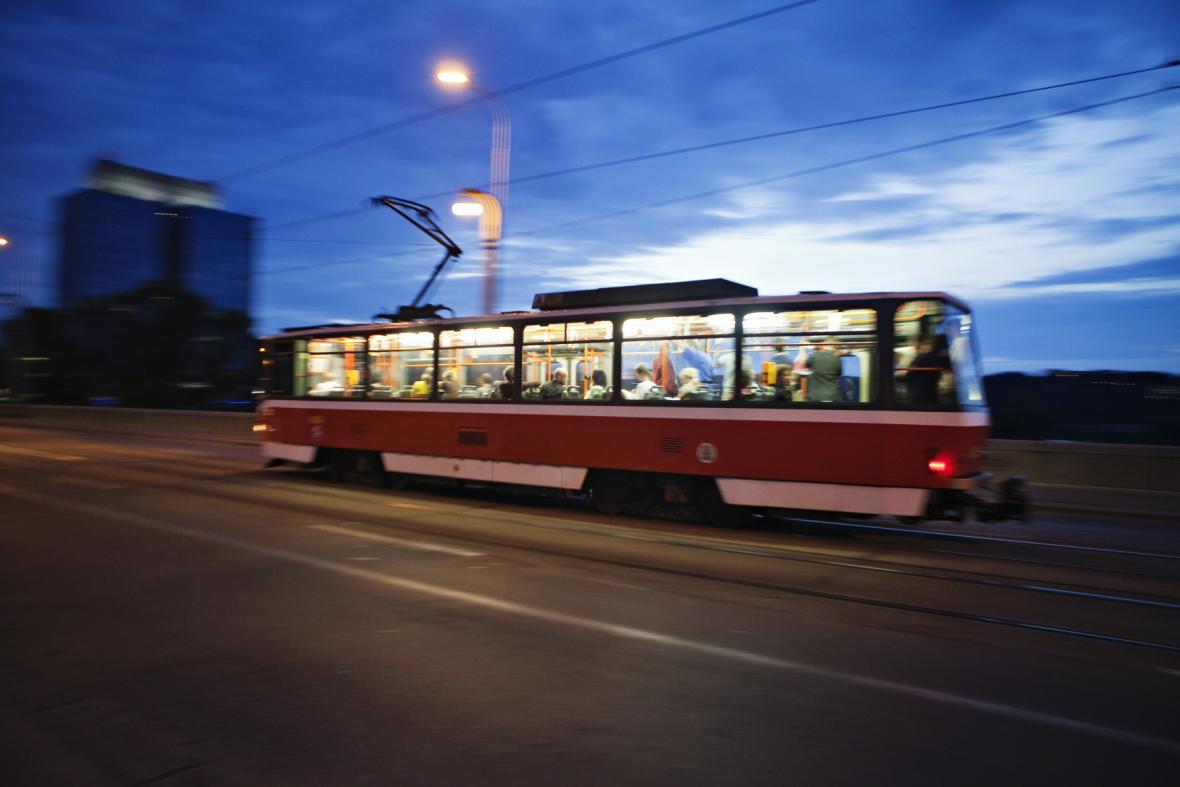 Tramvaj T6A5 na Libeňském mostě