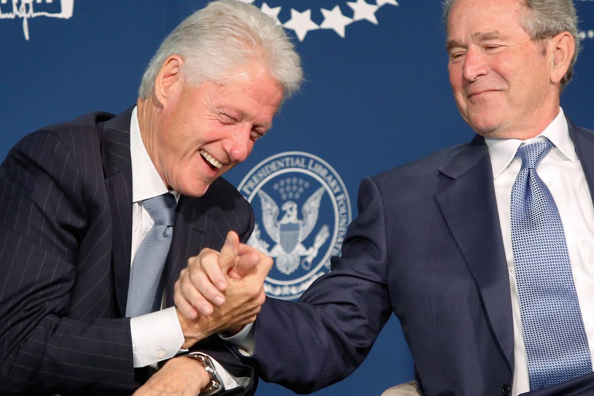 George Bush mladší s Billem Clintonem