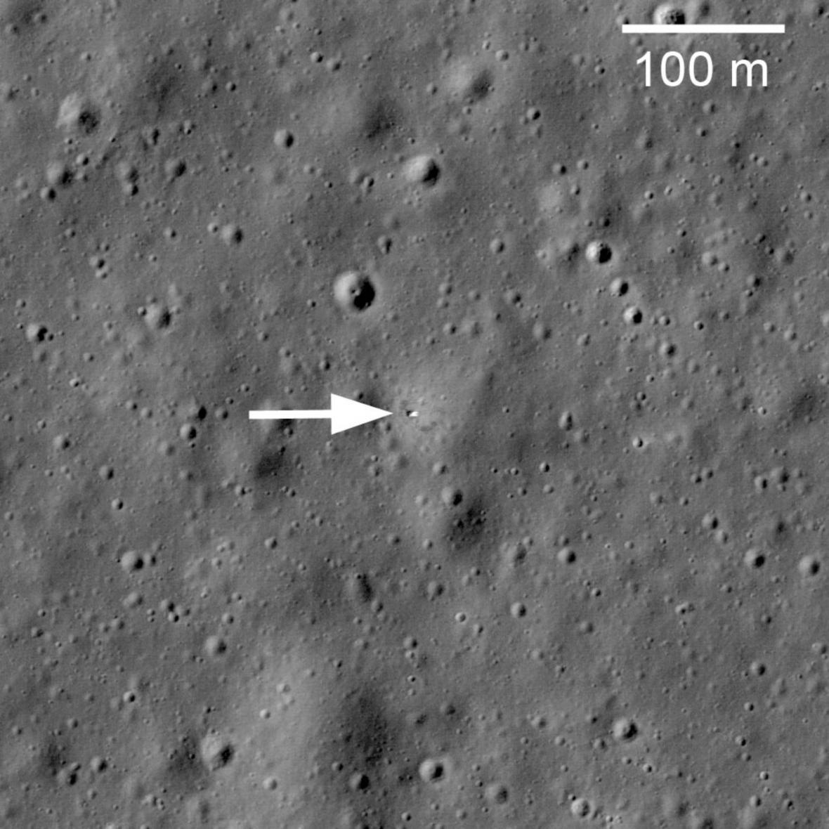 Poslední místo odpočinku Lunochodu 1 (snímek pochází z roku 2010)