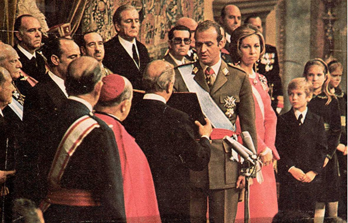 Juan Carlos I. při státní přísaze