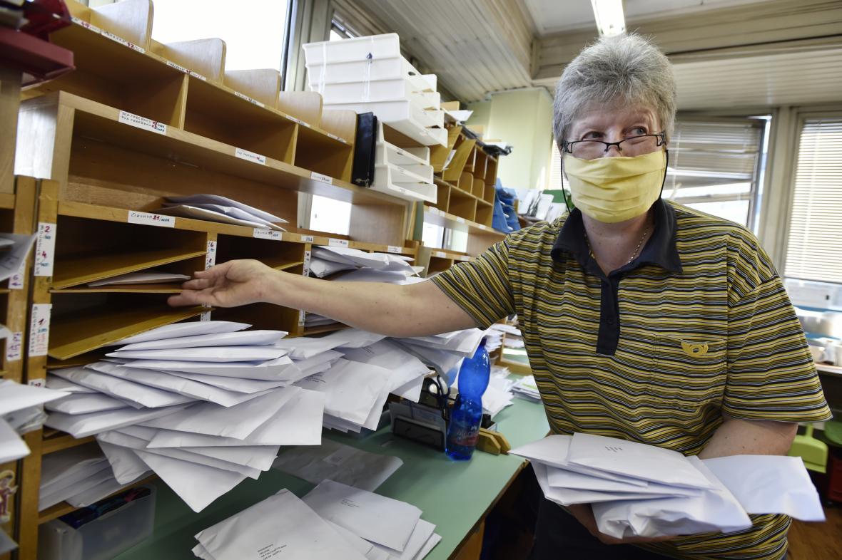 Poštovní doručovatelka
