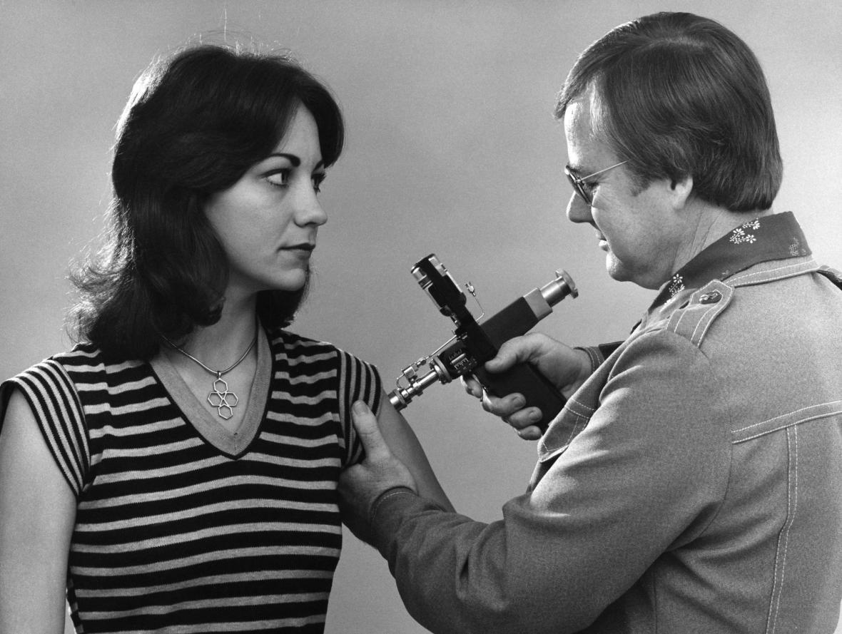 Očkování proti chřipce roku 1976