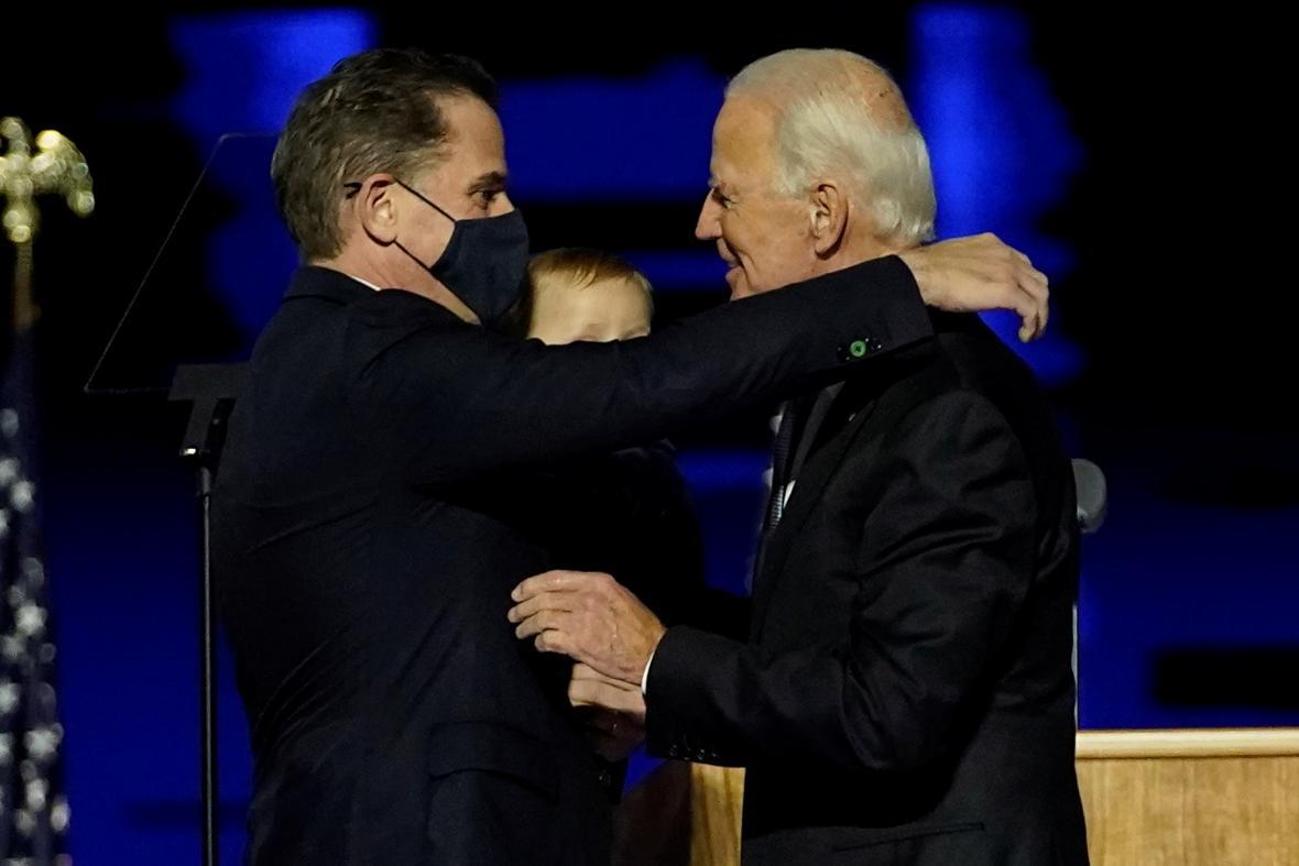 Hunter Biden gratuluje svému otci ke zvolení americkým prezidentem