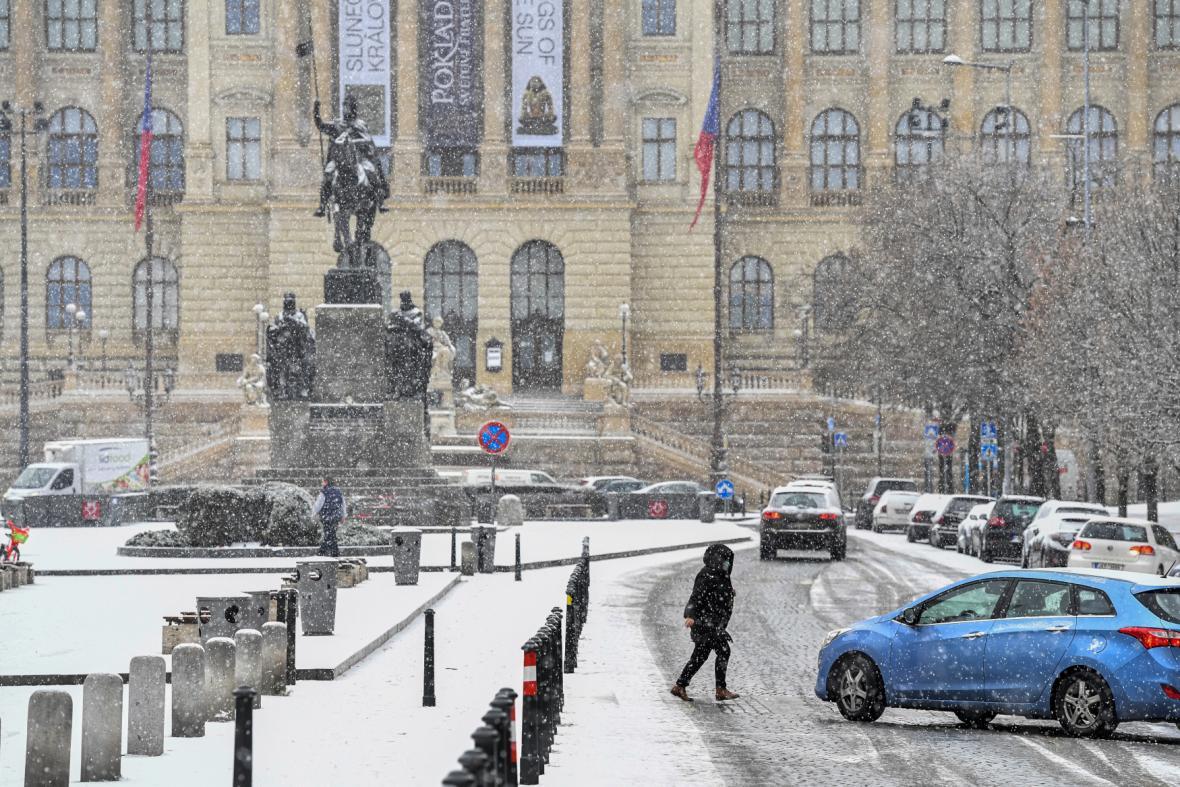 Sníh na Václavském náměstí v Praze