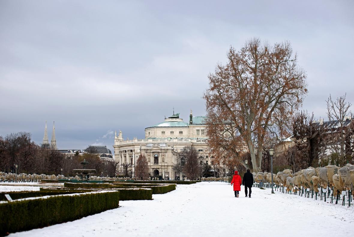 Volkspark v centru Vídně je téměř prázdný