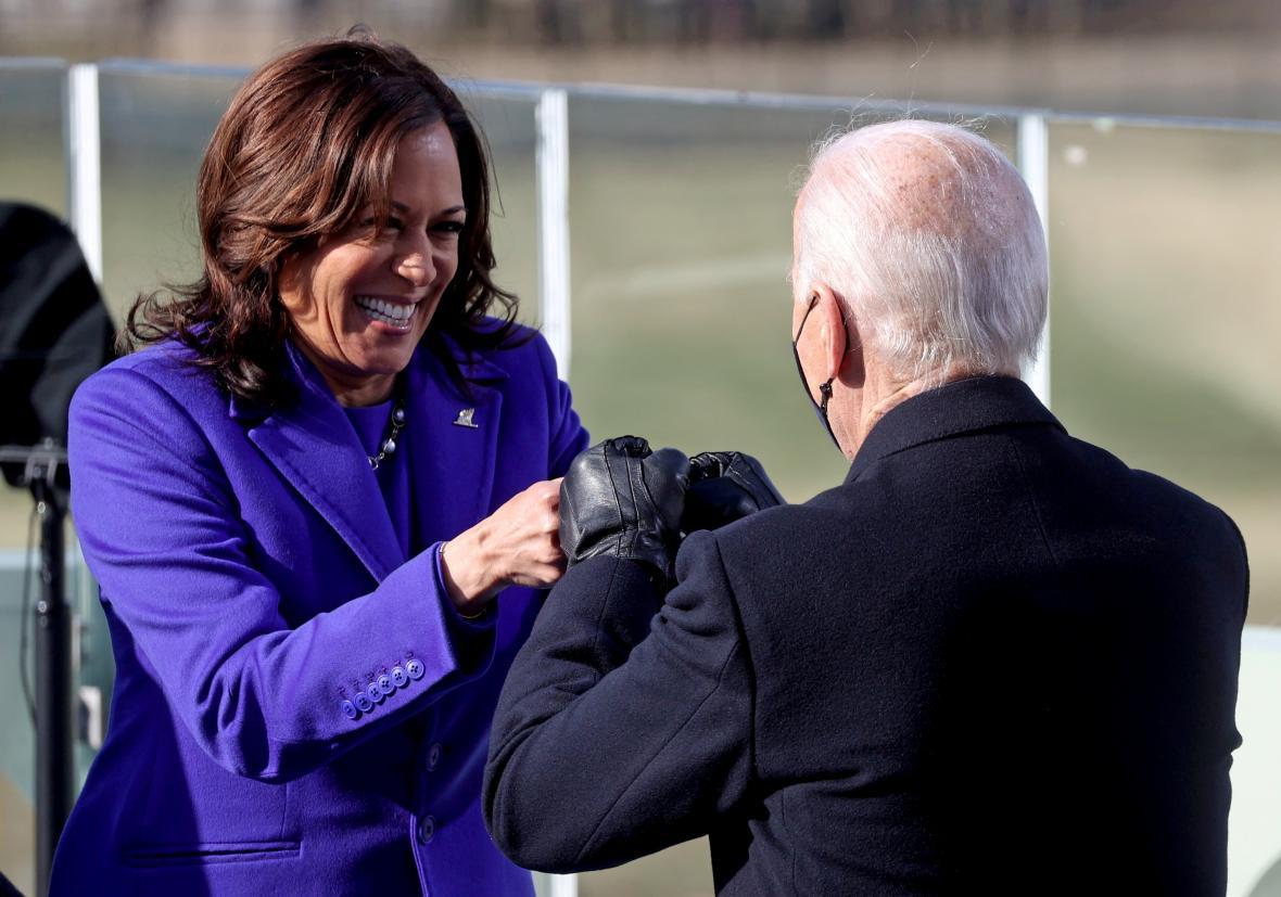 Oslava vítězné dvojice Biden - Harris