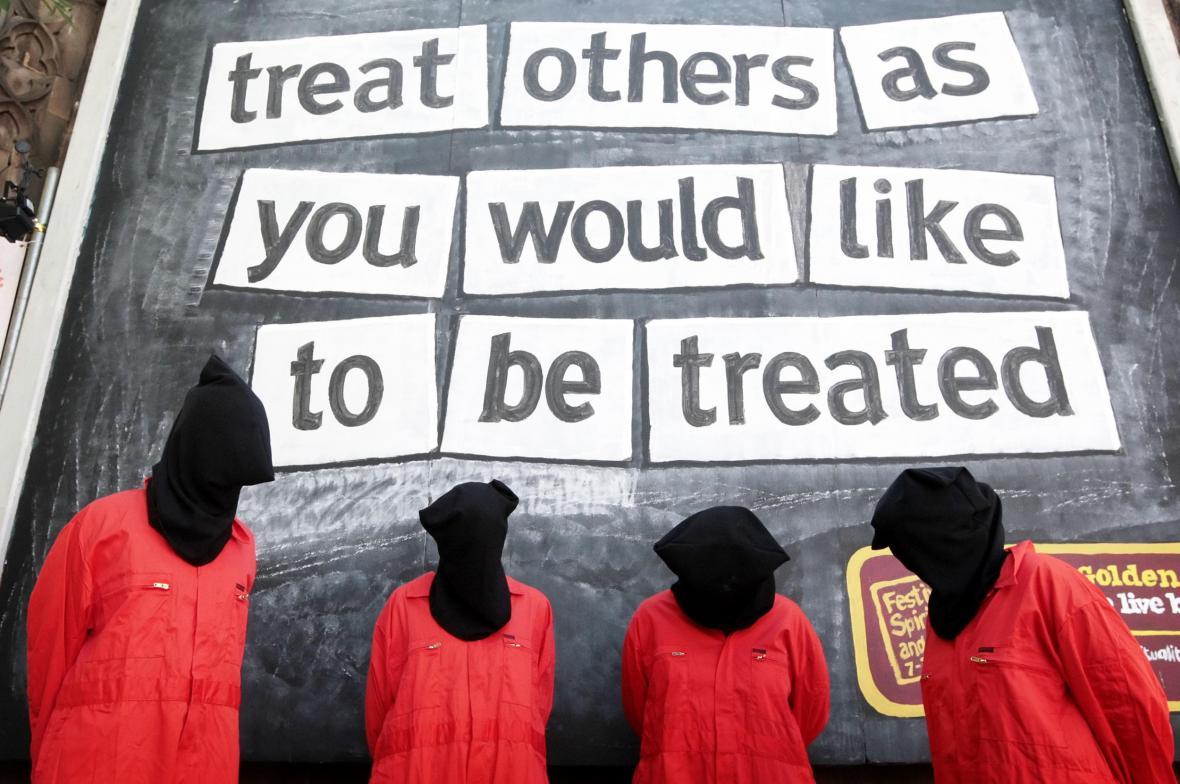 Protest proti porušování lidských práv v Guantánamu v roce 2010