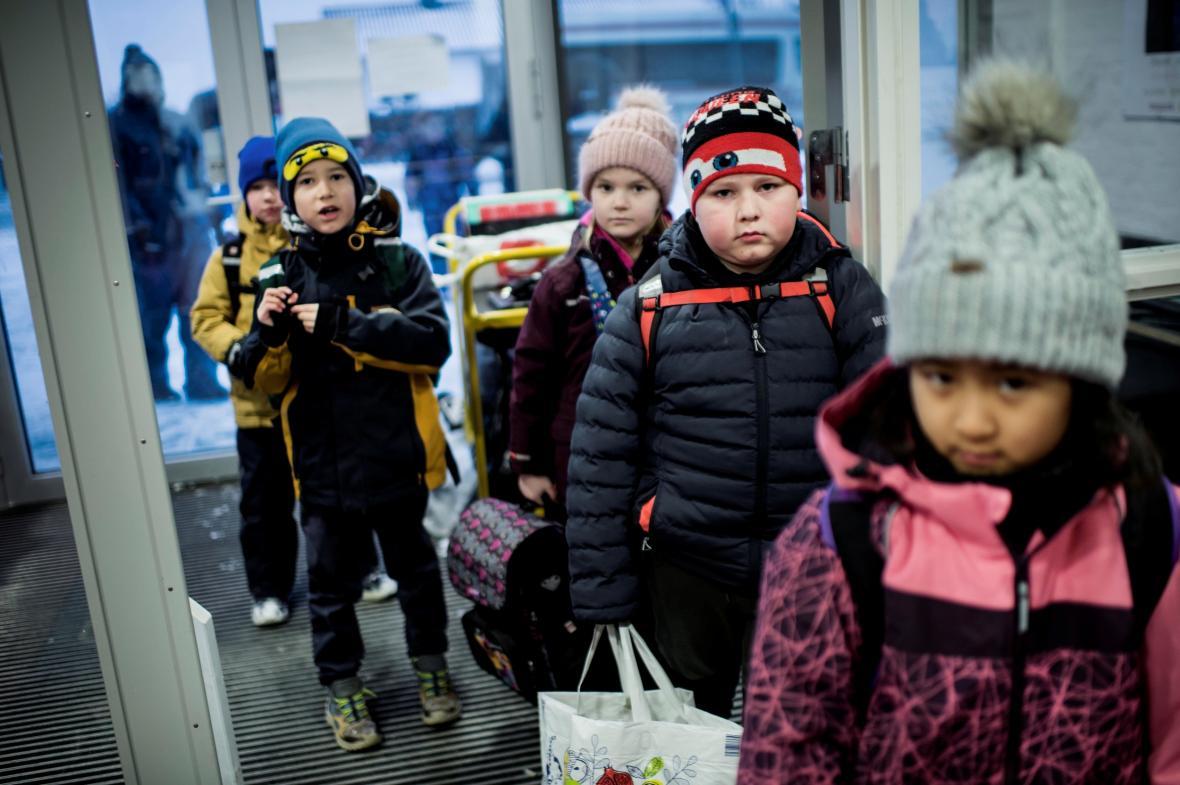 Nejmladší dánští žáci se vrátili do škol
