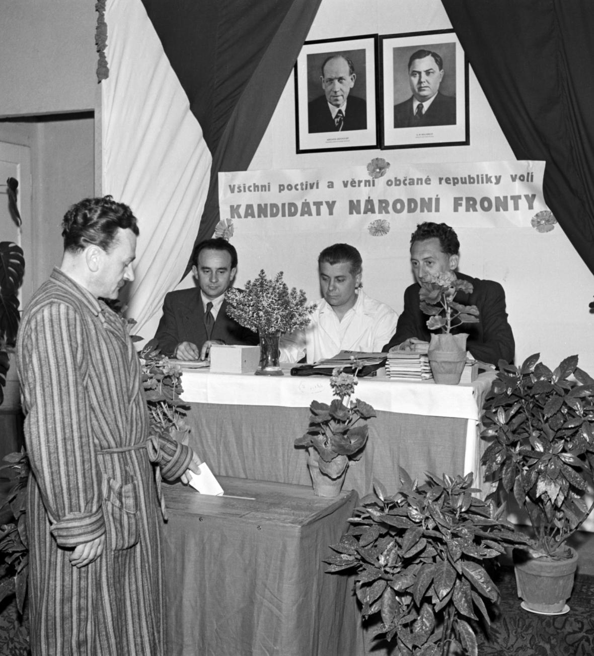 Volby v nemocnici v roce 1954