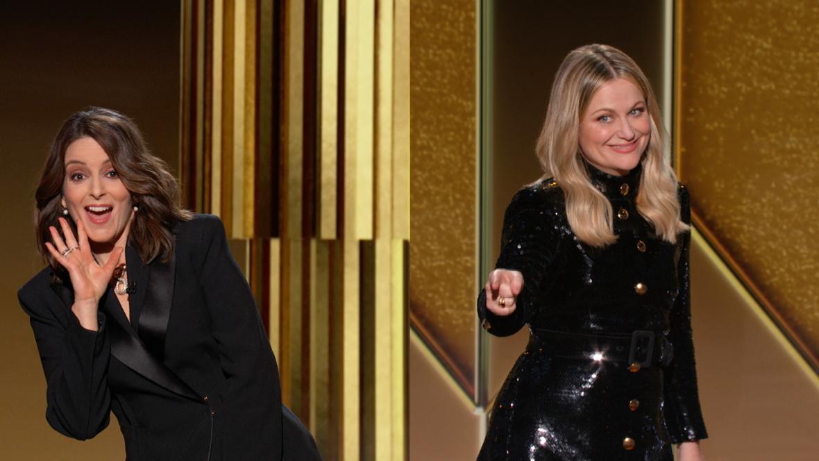 Tina Feyová a Amy Poehlerová při moderování Zlatých glóbů za rok 2020