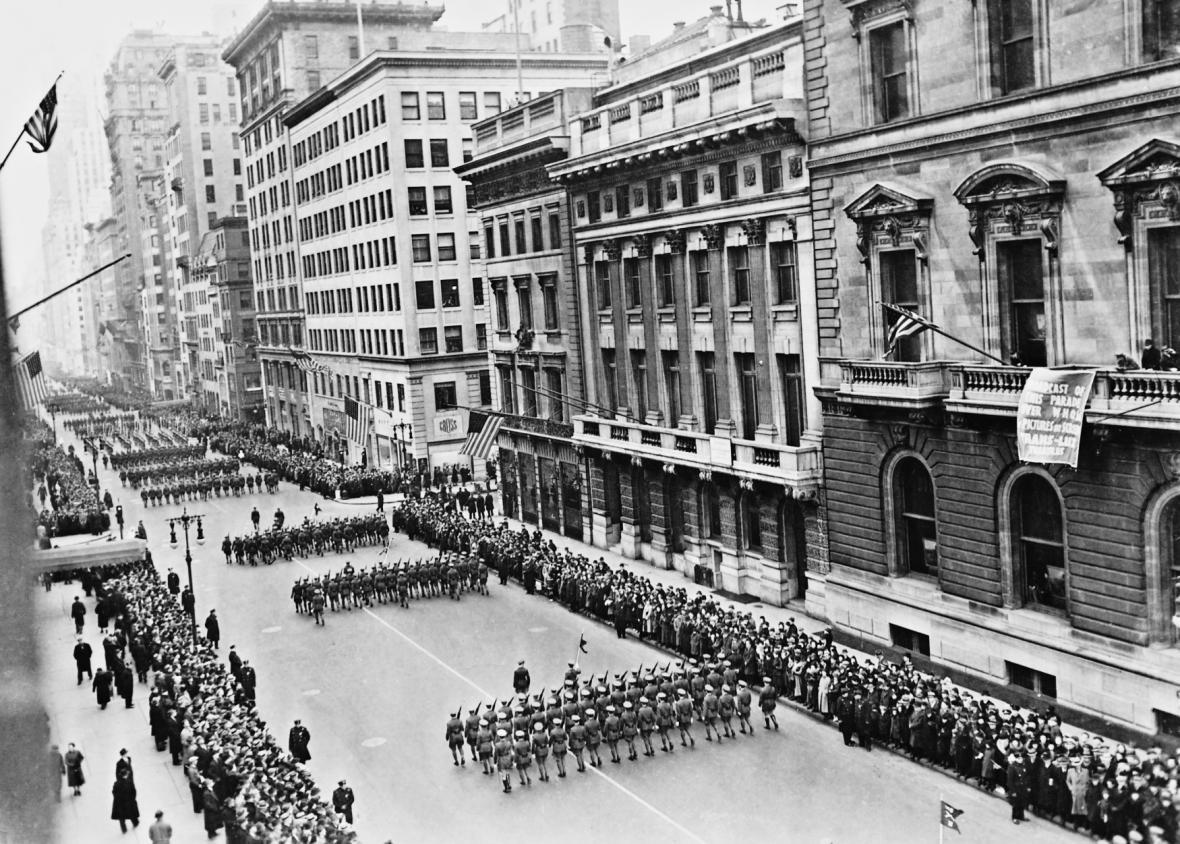 Newyorský průvod na svátek svatého Patrika v roce 1935