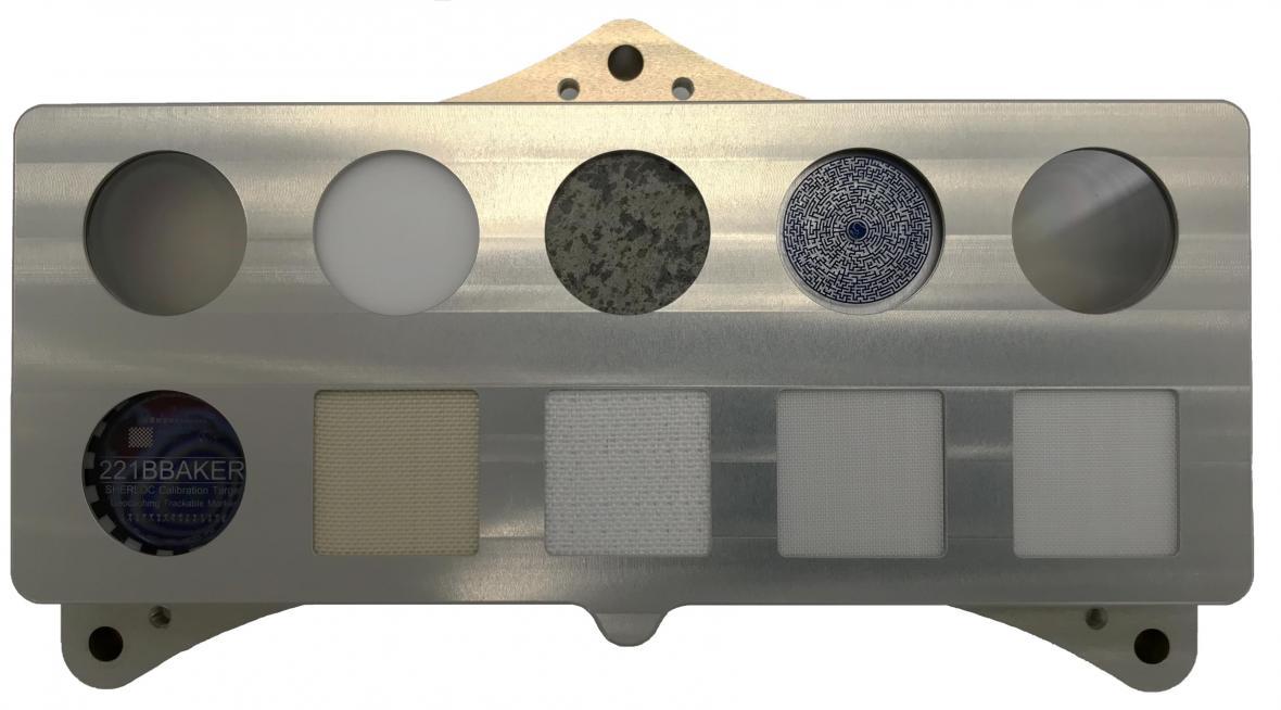 Kalibrační terč přístroje SHERLOC