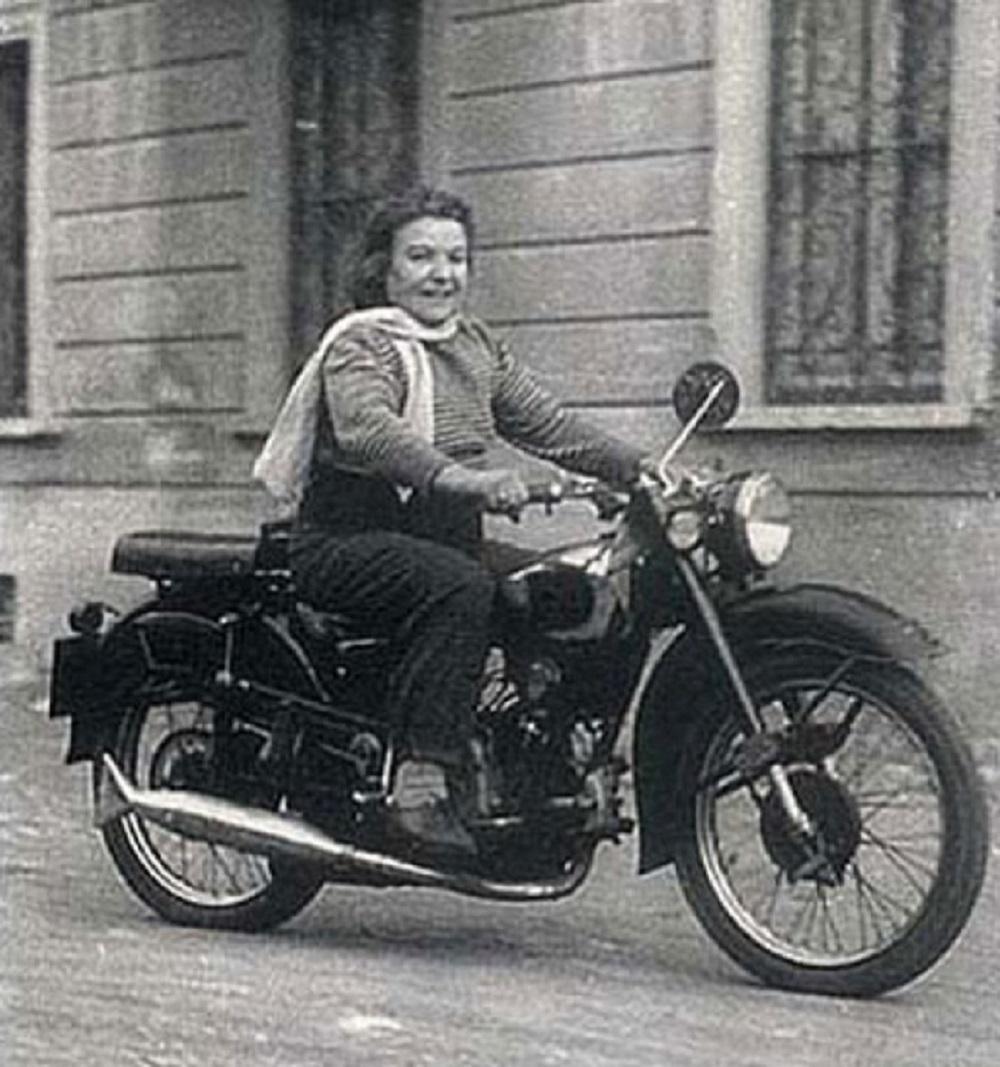 Alfonsina Strada na motorce