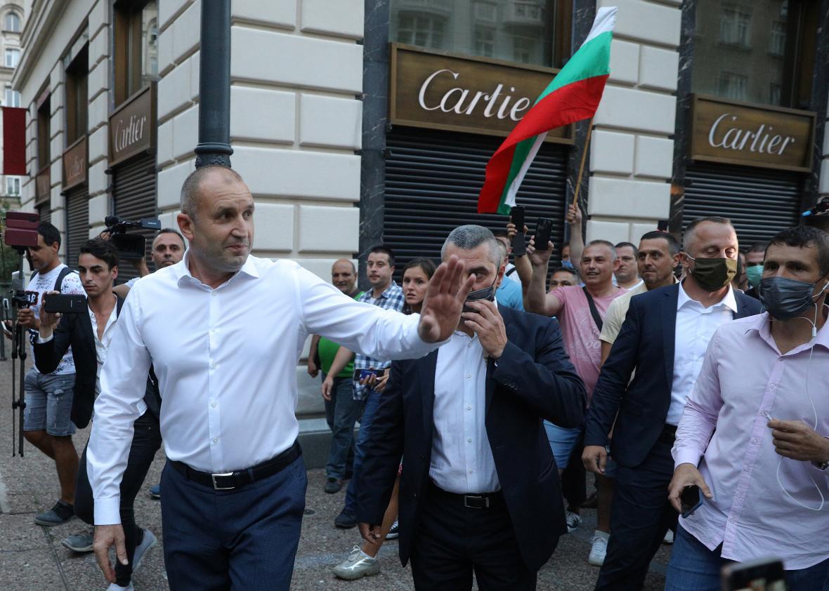 Prezident Rumen Radev se setkal s protivládními demonstranty