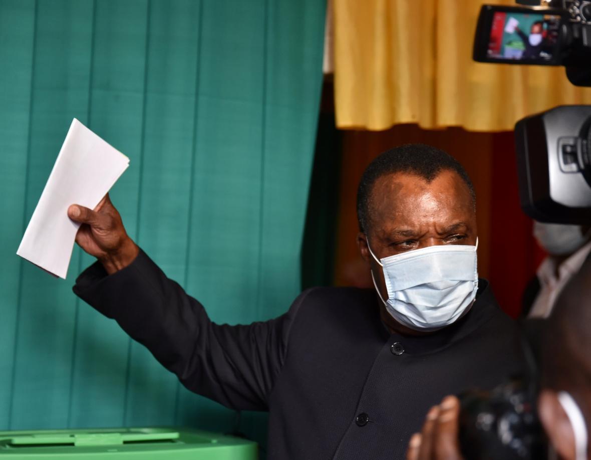 Denis Sassou-Nguesso u voleb