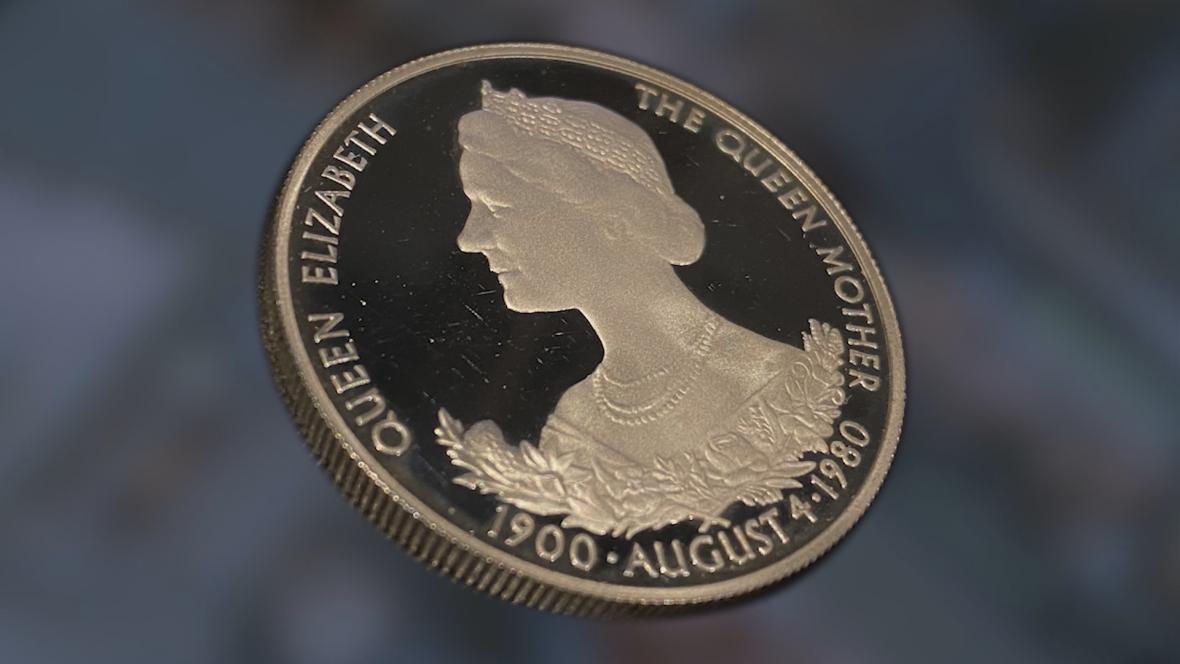 Podobizna královny matky na pamětní minci