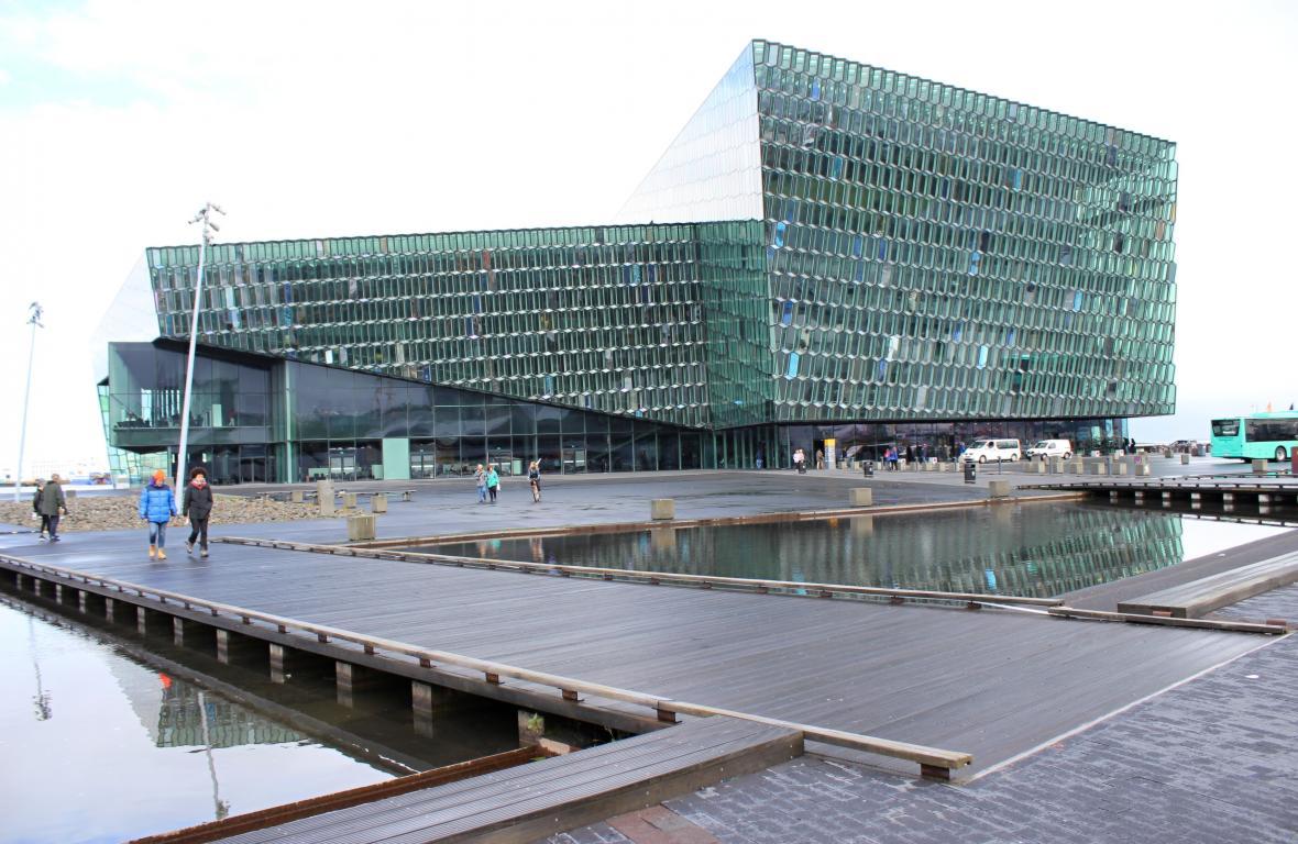 Koncertní síň Harpa v Reykjavíku