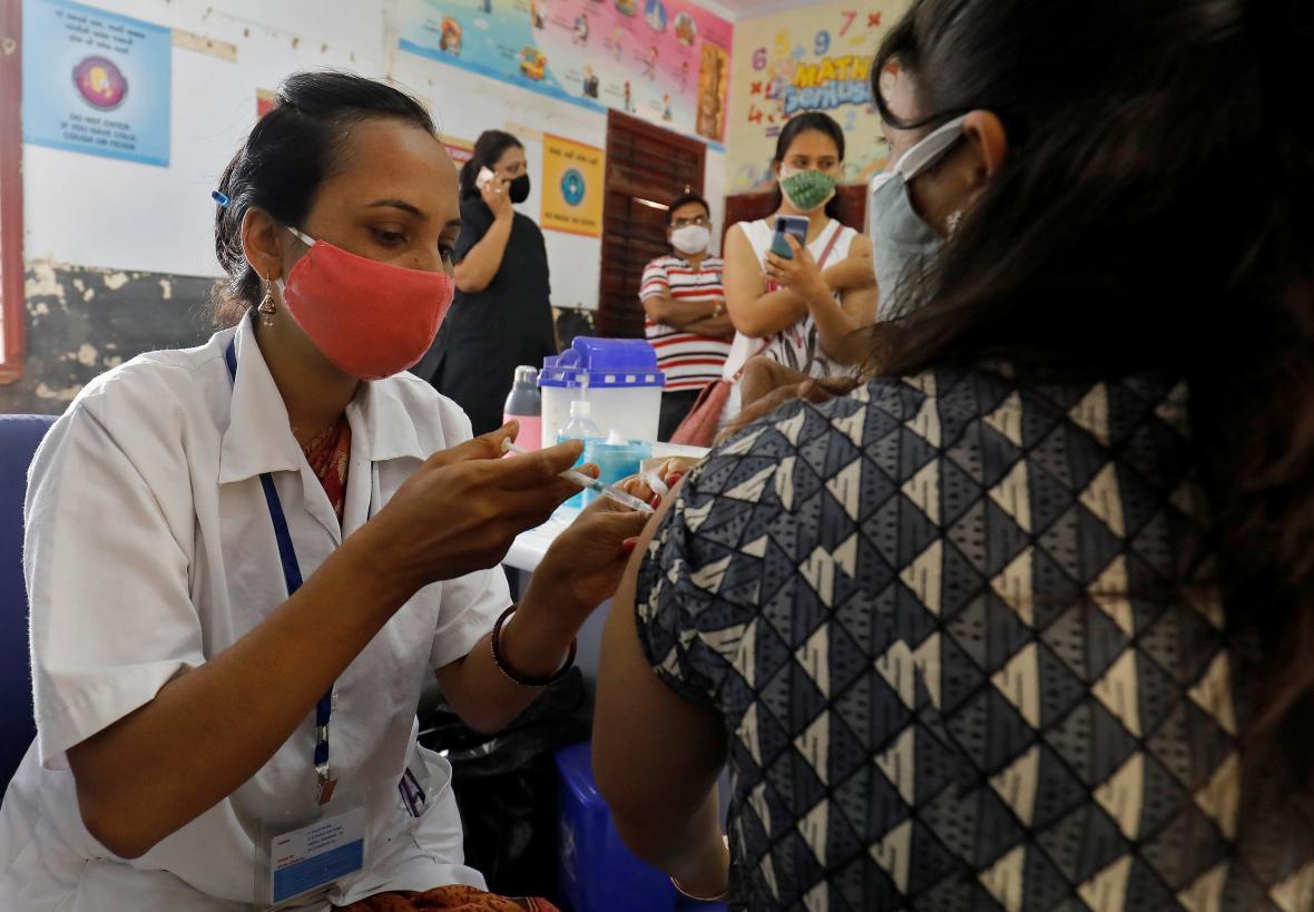 Očkování proti covidu v Indii
