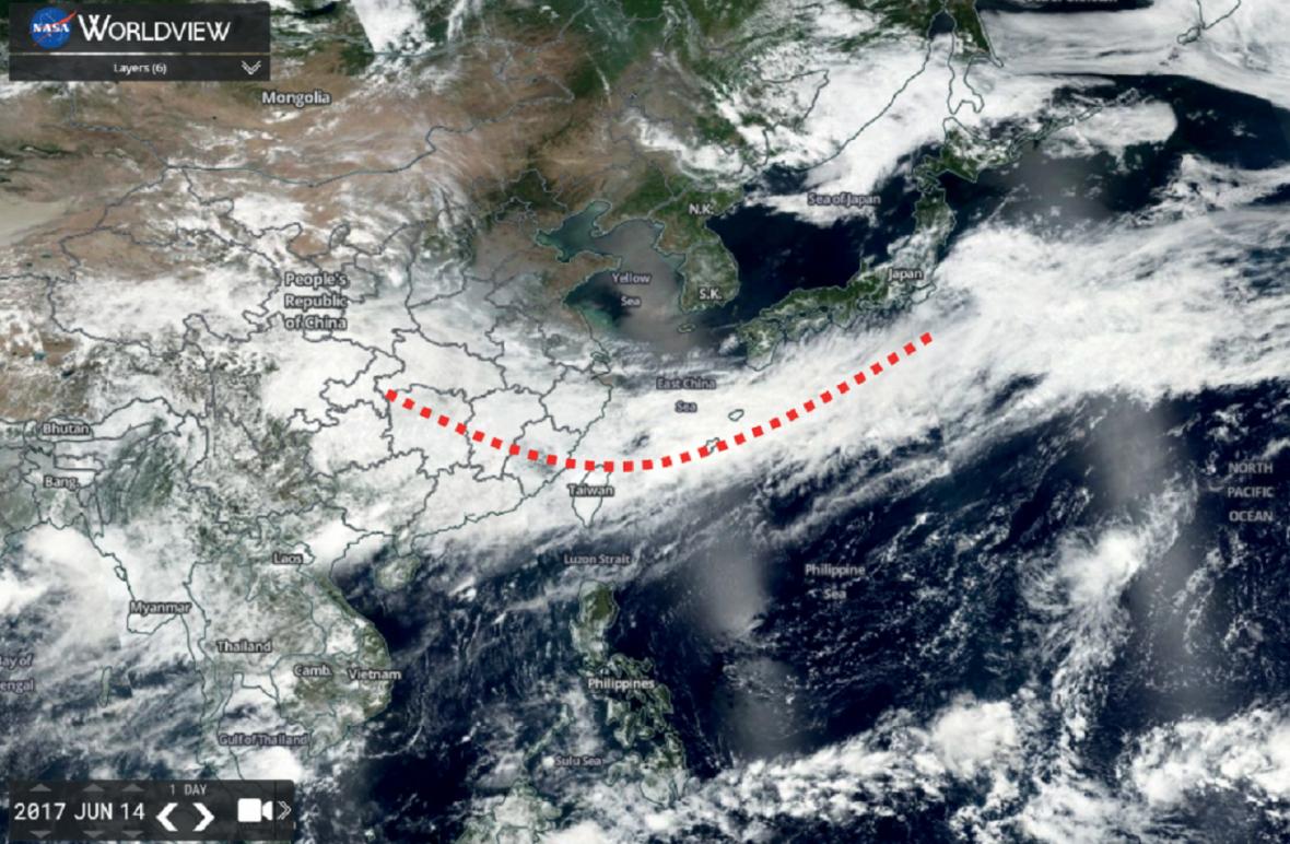 Družicový pohled na meiyu-frontu 14. července 2017