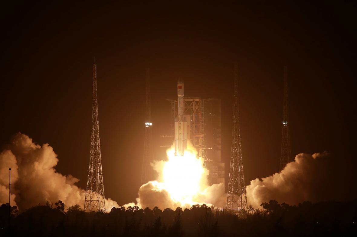 Čína vyslala do vesmíru zásobovací loď