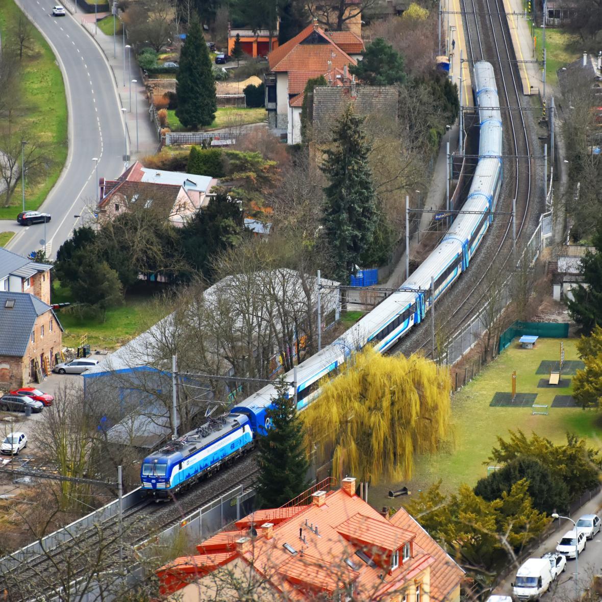 Vlak Hungaria na cestě z Budapešti do Hamburku
